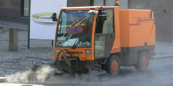 Od 9 kwietnia 2014 r. rozpoczną się sprzątania pozimowe pasa drogowego dróg powiatowych wpięciu gminach